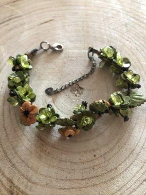 Armband Leder Blüten grün
