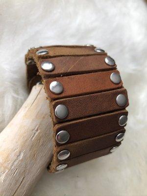 Handmade Skórzane ozdoby na ręce  cognac-srebrny Skóra