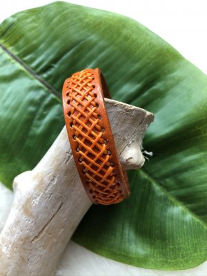 unbranded Bracelet en cuir orange cuir