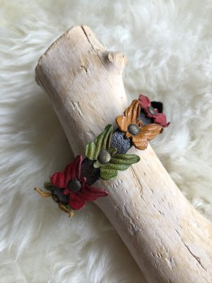 Handmade Skórzane ozdoby na ręce  Wielokolorowy Skóra