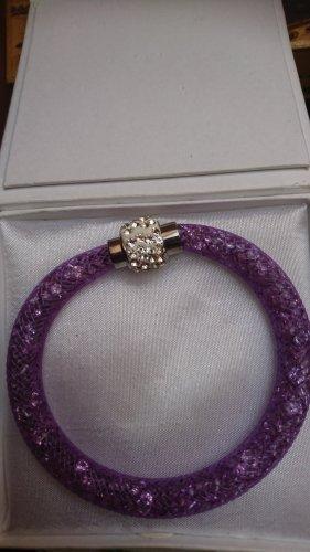 Armband Lila mit Krystall Steinchen Strass ,Magnet Verschluss