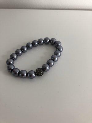Armband mit silbernen Perlen und einer Glitzerperle - neu
