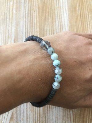 Armband mit Steinperlen + einer Glasstein