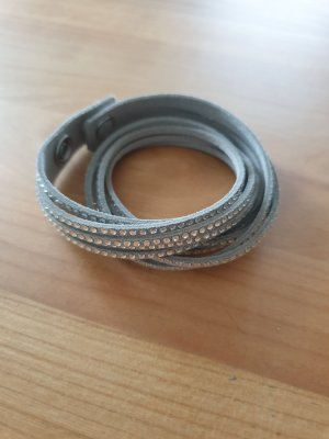 Armband mit Strasssteine