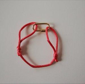 Bracelet en or doré-saumon