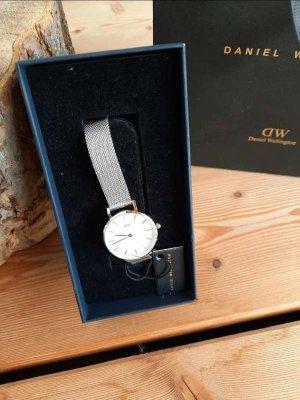Daniel Wellington Analog Watch silver-colored