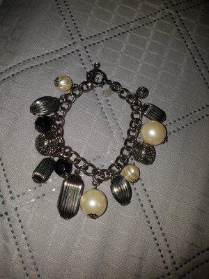 Armband von Edc