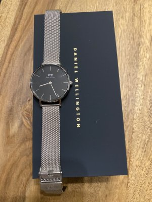 Daniel Wellington Watch With Metal Strap silver-colored-black