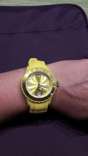 keine Reloj analógico amarillo