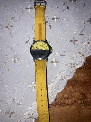 Esprit Horloge met lederen riempje geel