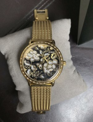 Armbanduhr, Guess