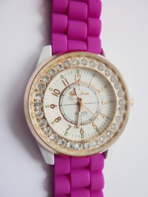 Armbanduhr mit Kristallen pink silber golden