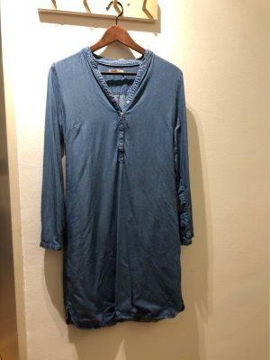 armedangels Robe en jean bleu acier-blanc