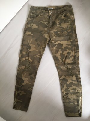 Armee Look Hose Camouflage