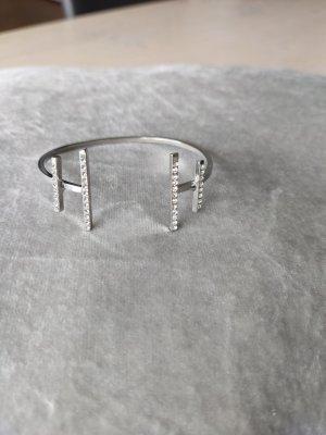 Bracelet de bras gris clair