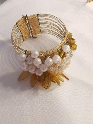 Armschmuck Armspange mit Perlen gelbgold/weiß handgemacht Perlen