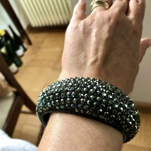 Mango Bracelet de bras noir