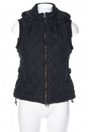 Arqueonautas Quilted Gilet black quilting pattern casual look