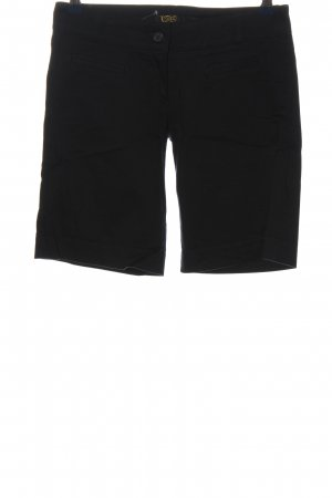 Art Bermudas black casual look