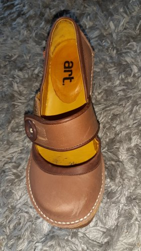 Art Schuh