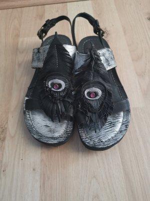 AS98 Sandalias de tacón con barra en T negro-color plata
