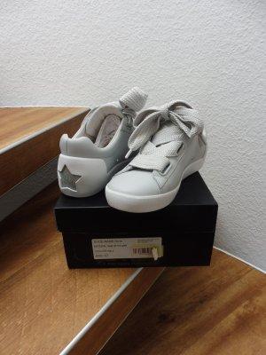ASH Sneaker Kalbsnappaleder, Gr. 37, hellgrau, Neu