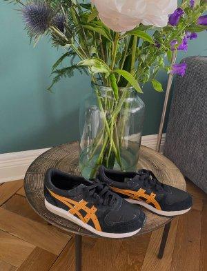 Asics Basket à lacet noir-orange doré