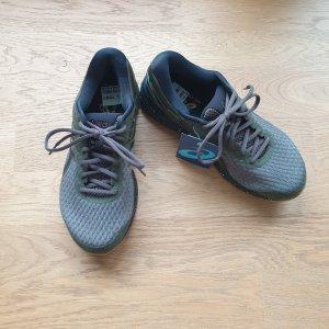 Asics Sneakers met veters khaki