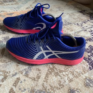 Asics Lace-Up Sneaker neon pink-blue