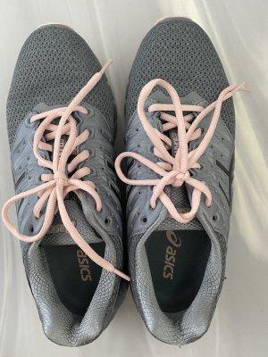 Asics Basket à lacet gris-rosé
