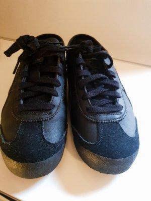 Asics Lace-Up Sneaker black