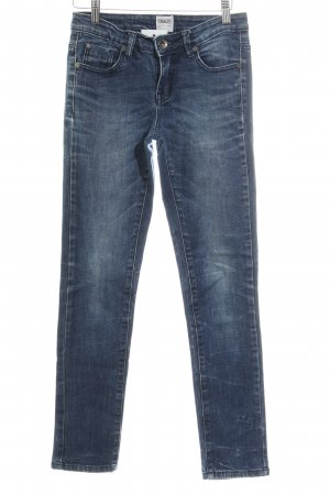 Asos Denim Slim Jeans dunkelblau-blassblau Destroy-Optik