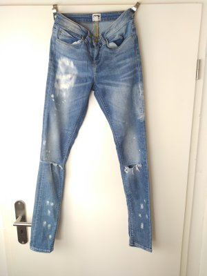 ASOS Destroyed Skinny Jeans Ripped Knees