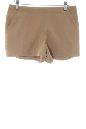 Asos High-Waist-Shorts hellbraun Paris-Look