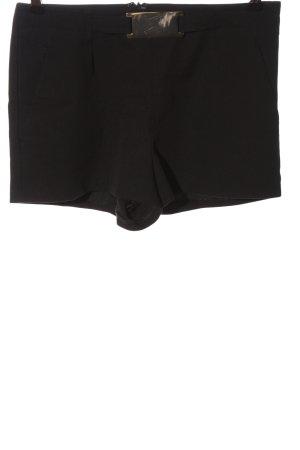 Asos Pantalón corto negro look casual