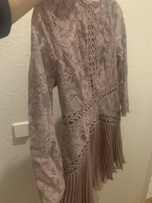 Asos Kleid aus Spitze + plissiertem Rock