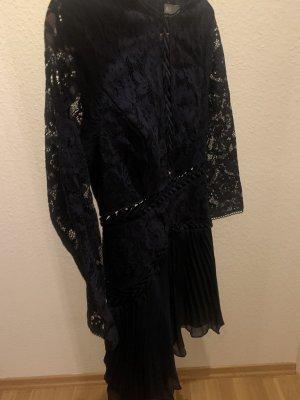 Asos Kleid mit Spitze + plissiertem Rock
