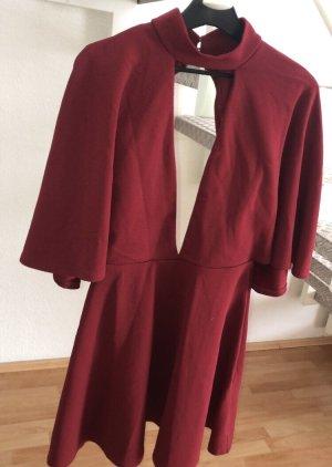 Asos Sukienka z baskinką głęboka czerwień