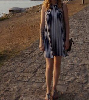 Asos Neckholder Kleid