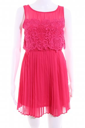 Asos Petite Chiffon Dress magenta casual look