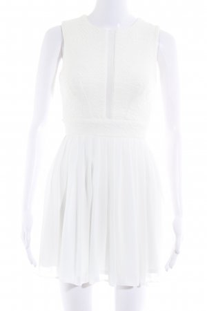 Asos Petite Robe de cocktail beige clair-blanc cassé style romantique