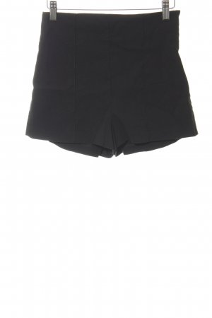 Asos Shorts schwarz Street-Fashion-Look