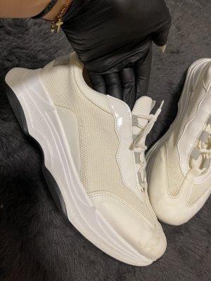 Asos Sneaker in weiß/beige 41