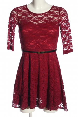 Asos Spitzenkleid rot-schwarz Webmuster Casual-Look