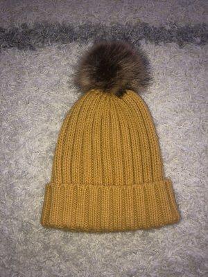 Asos Knitted Hat gold orange
