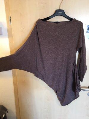 Asymetrical shirt