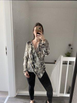 Asymmetrische Bluse mit Schlangenprint