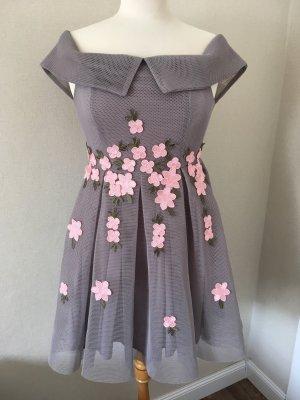 Asymmetrisches Blumenkleid von New Look Premium.mit Etikett