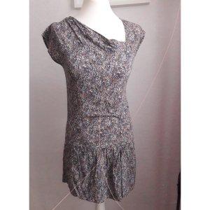 Asymmetrisches kurzes Kleid boho