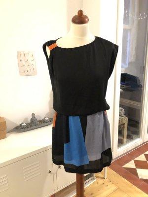 Asymmetrisches Midikleid // Color Block // schwarz, grau, blau, rot // 38
